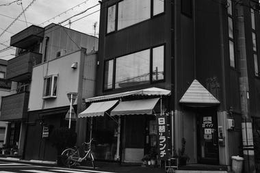 一宮松栄新町・菊屋、有明