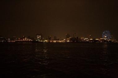 横浜港・オブスタクルライツ